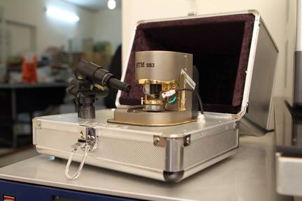 میکروسکوپ تونل زنی روبشی